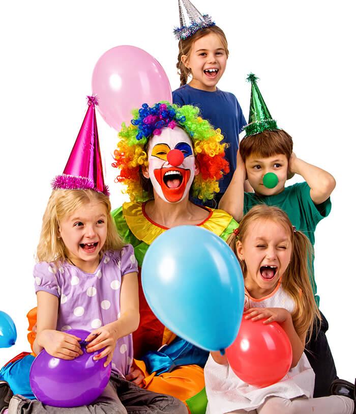 Clown at a Kid's Party - clown or magician