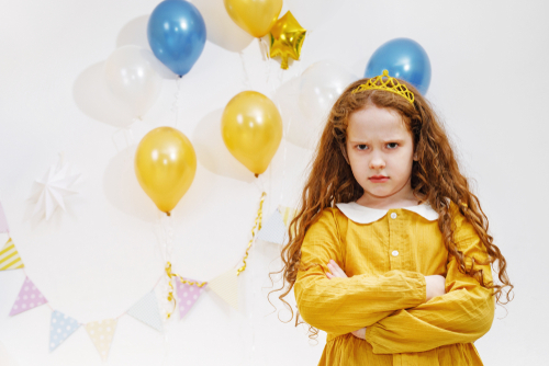 misbehaving-kids-at-a-kids-party